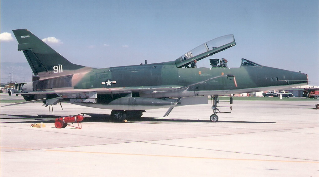 F-100F-56-3911.jpg